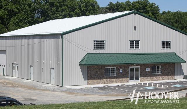 Romano 4H Center Metal Building